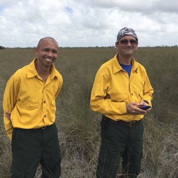 Franco Tobias and Rafael Travieso near TS/Ph-1b in Taylor Slough during the FCE LTER Mid-term Review field trip