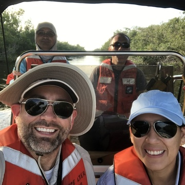 Nick Oehm and Leslie Nisbet traveling to Shark River in Everglades National Park to collect LTeaER bags deployed at SRS 4-6